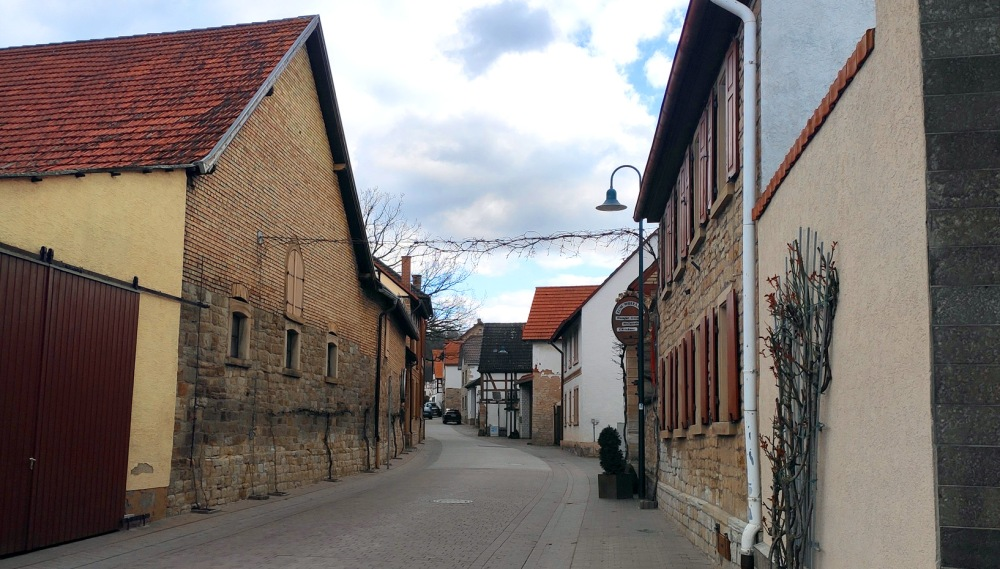 Picturesque streets of Rommersheim village center